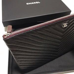 """Chanel Chevron Clutch (""""O case"""")"""